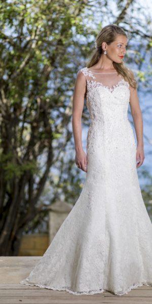 trouwjurk-bridalstar-zeemeermin-model-glitter-kant-bruidsmode-apeldoorn-bruidsboetiek-de-blauwe-hoeve