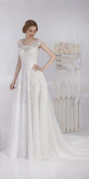 jarice-simona-trouwjurk-prinses-bruidsmode-bruidswinkel-apeldoorn-bruidsboetiek-de-blauwe-hoeve-kant
