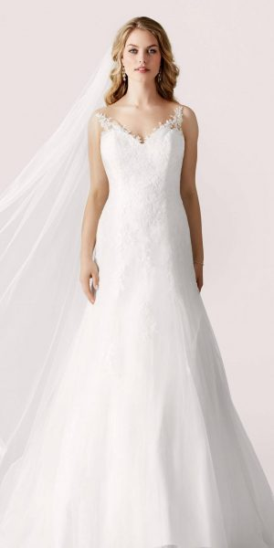 2160-lilly-trouwjurk-sample-sale-outlet-bruidswinkel-bruidsboetiek-de-blauwe-hoeve-apeldoorn