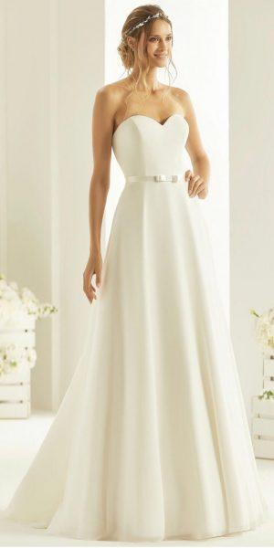 Bianco-evento-harmonia-strapless-trouwjurk-bruidswinkel-bruidsboetiek-de-blauwe-hoeve-apeldoorn