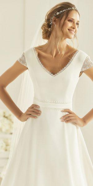 bianco-evento-natura-trouwjurk-apeldoorn-bruidswinkel-bruidsboetiek-de-blauwe-hoeve-bruidsjurk