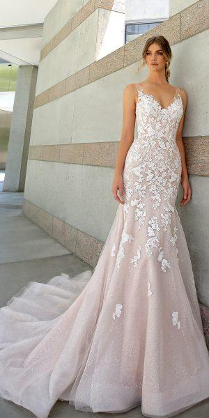 beautiful-by-enzoani-bt20-01-trouwjurk-fit-and-flair-zeemeermin-bruidsboetiek-de-blauwe-hoeve-bruidswinkel-apeldoorn-glitter-tule