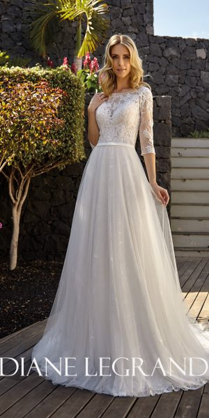 diane-legrand-7528-kanten-trouwjurk-bruidswinkel-bruidsboetiek-de-blauwe-hoeve-apeldoorn-sample-sale-outlet