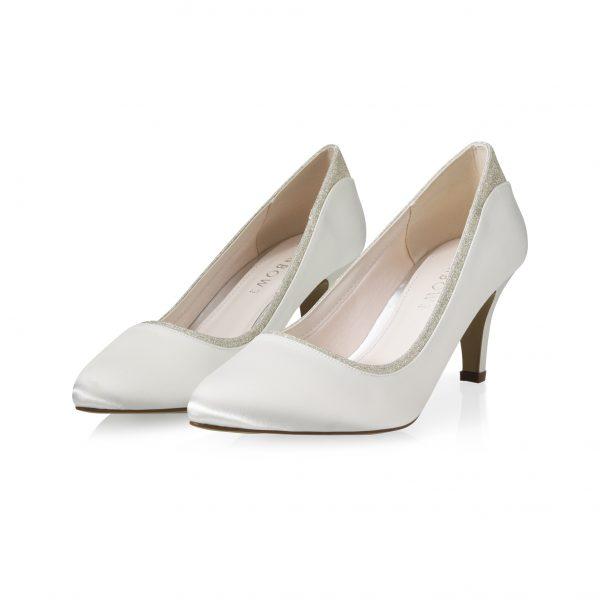 Jara-bruidsschoen-elsa-coloured-shoes-bruidsboetiek-de-blauwe-hoeve-apeldoorn-rainbow-shoes-bruidsschoenen