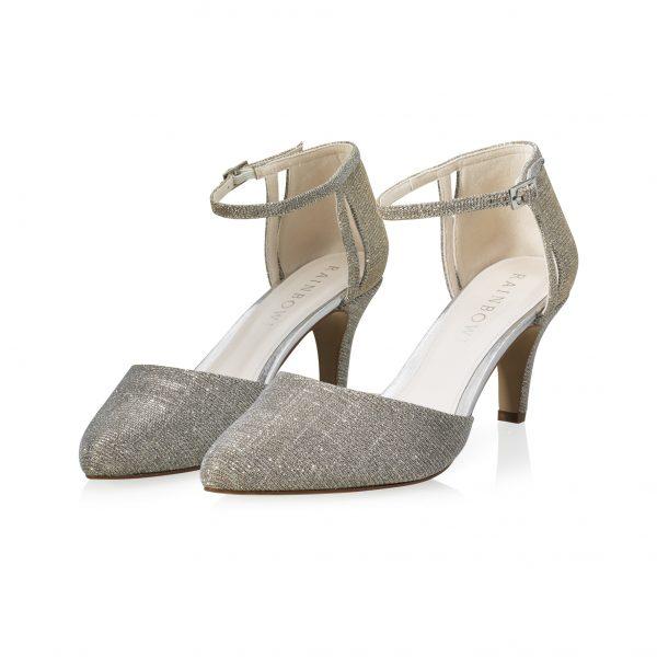 Sarina-bruiddschoenen-elsa-coloured-shoes-bruidsboetiek-de-blauwe-hoeve-apeldoorn-bruidswinkel-