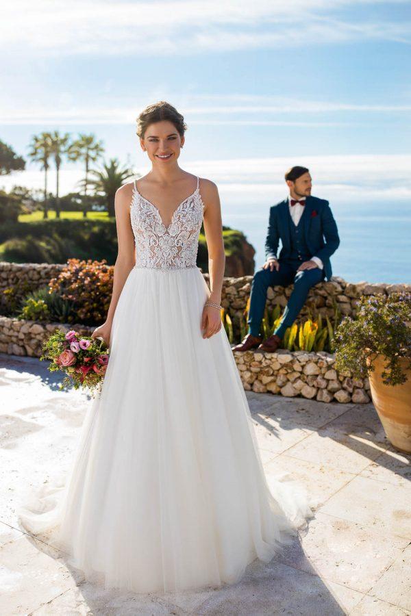 TC-21261-bruidsboetiek-de-blauwe-hoeve-apeldoorn-bruidswinkel-sale-tres-chic-trouwjurken-prinses-bruidsmode