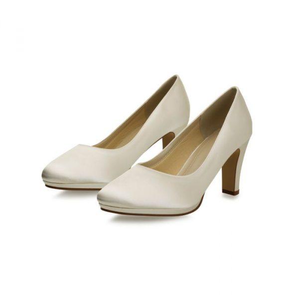 grace_ivory_satin-bruidsschoen-bruidsboetiek-de-blauwe-hoeve-bruidswinkel-apeldoorn-accessoires