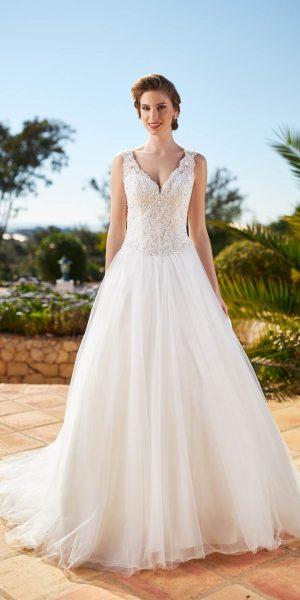 made-to-love-9323-tres-chic-bruidsmode-apeldoorn-bruidswinkel-bruidsboetiek-de-blauwe-hoeve