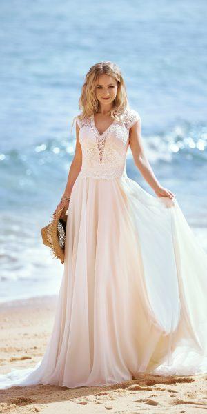 Brinkman-by-tres-chic-trouwjurk-apeldoorn-boho-vintage-alijn-bruidswinkel-apeldoorn-bruidsmode-bruidsboetiek-de-blauwe-hoeve-22423