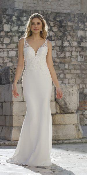 Elody-jarice-trouwjurk-bruidsboetiek-de-blauwe-hoeve-bruidswinkel-apeldoorn-fit-and-flare