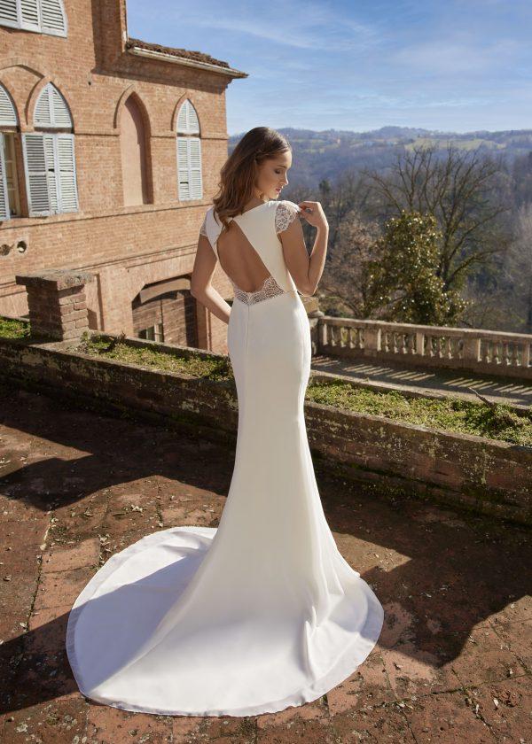HB_Violet_randy-fenoli-trouwjurk-bruidswinkel-apeldoorn-bruidsboetiek-de-blauwe-hoeve-bruidsmode-prinses-klassiek
