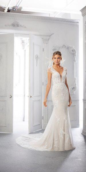 morilee-2371-trouwjurk-bruidsboetiek-de-blauwe-hoeve-bruidwinkel-apeldoorn-kanten-trouwjurk